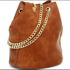 Handbags - Bucket Bag - On Trend for Summertime!